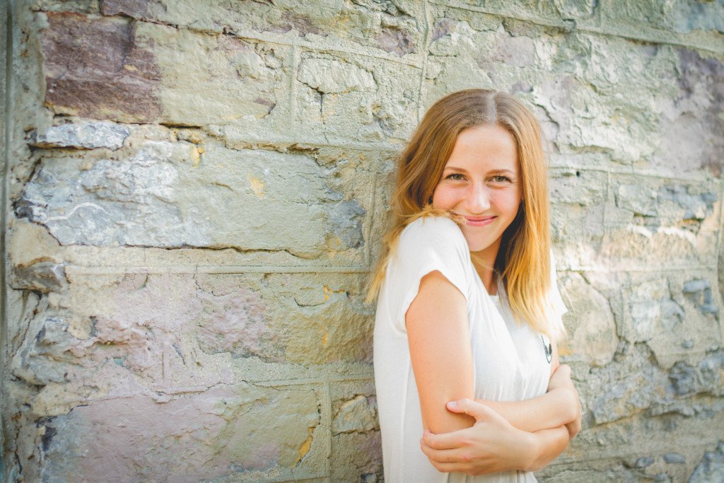 Teen photo shoot | Logan Utah Photographer | Cache Valley photographer | traveling photographer | bus conversion family | local carpenter | fun shoot with friends